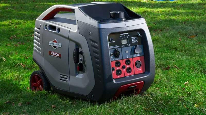 Briggs P3000 generator on grass