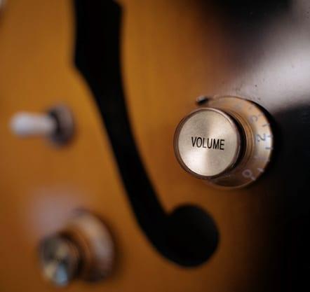 volume button of a guitar